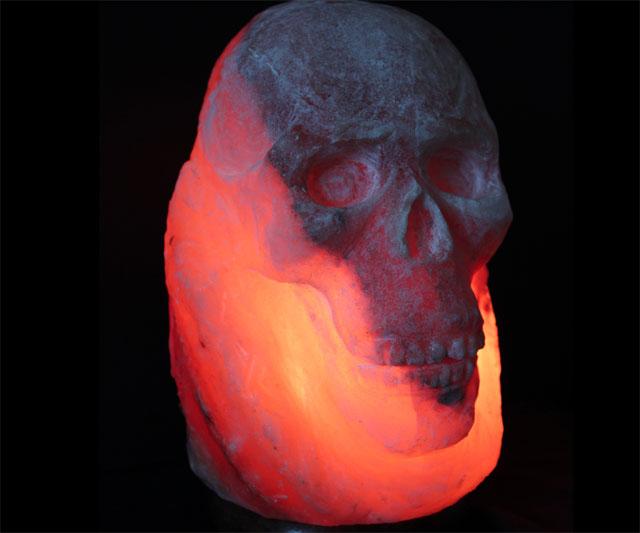 himalayan-salt-skull-lamp-7289.jpg